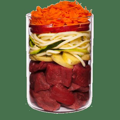 Selvaggina con patata, mela e mirtillo rosso